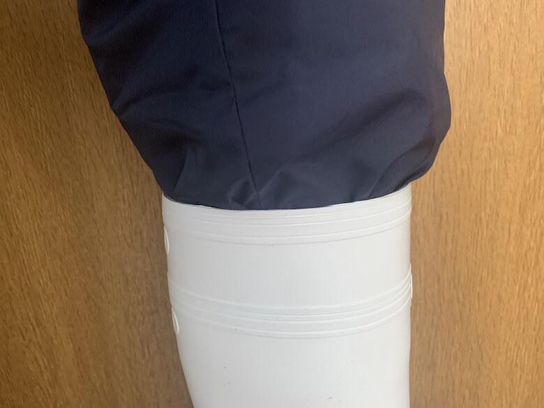 ハイグリップNHG2000は防寒パンツでも中に入る
