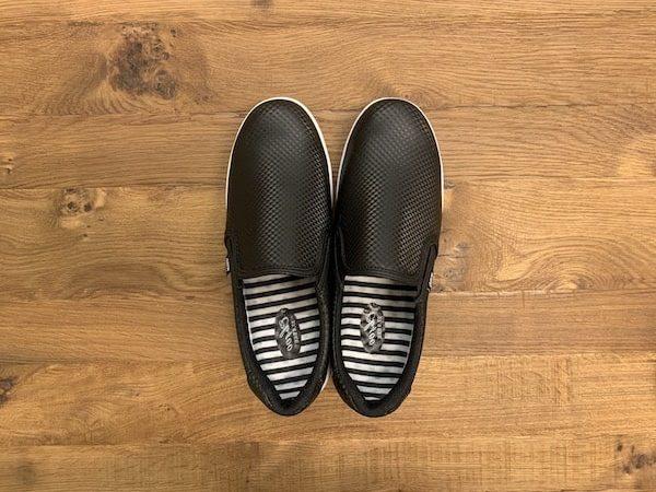 ワークマンの立ち仕事で疲れないおしゃれな靴