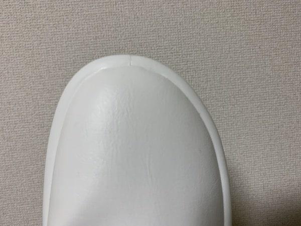 日本人向けのつま先形状のオブリークトゥーの画像