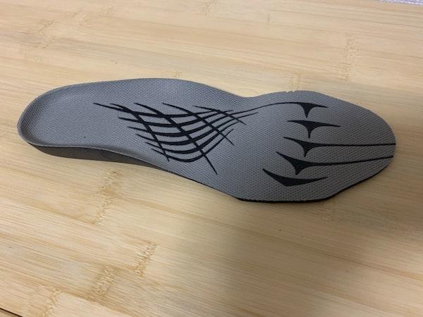 ウィンジョブFFRシリーズのインソールは靴の中で滑りにくい