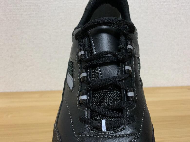 ワークプラスSL603P-5は靴紐でフィッティング