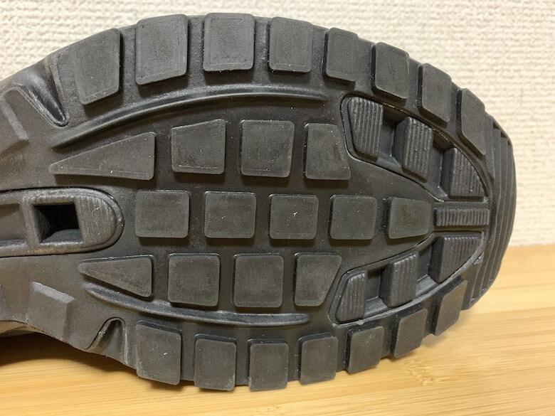 ワークプラスSL603P-5はすり減りにくい靴底