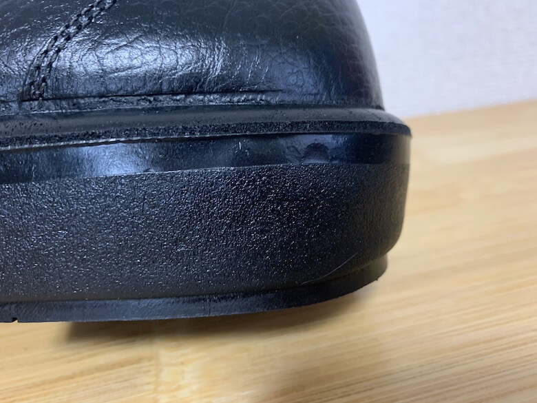 ラバーテックRTU210は発泡ゴム製で疲れにくい