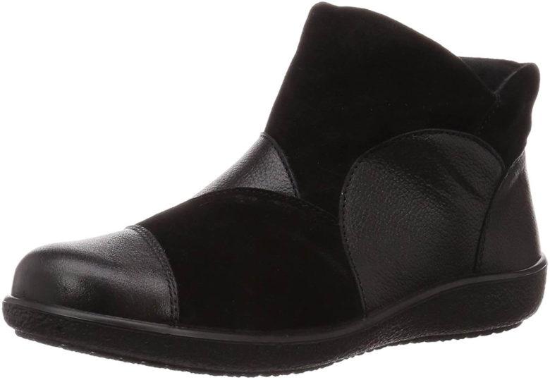 アキレスソルボのブーツ