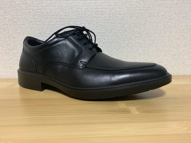 アキレスソルボSRM2830は、履き心地のよい革靴