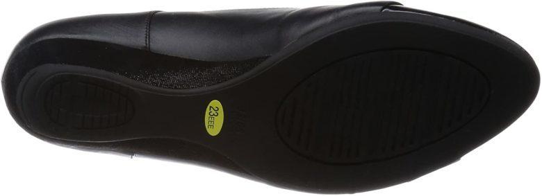 ペダラWP373Kの靴底は接地面積が広い