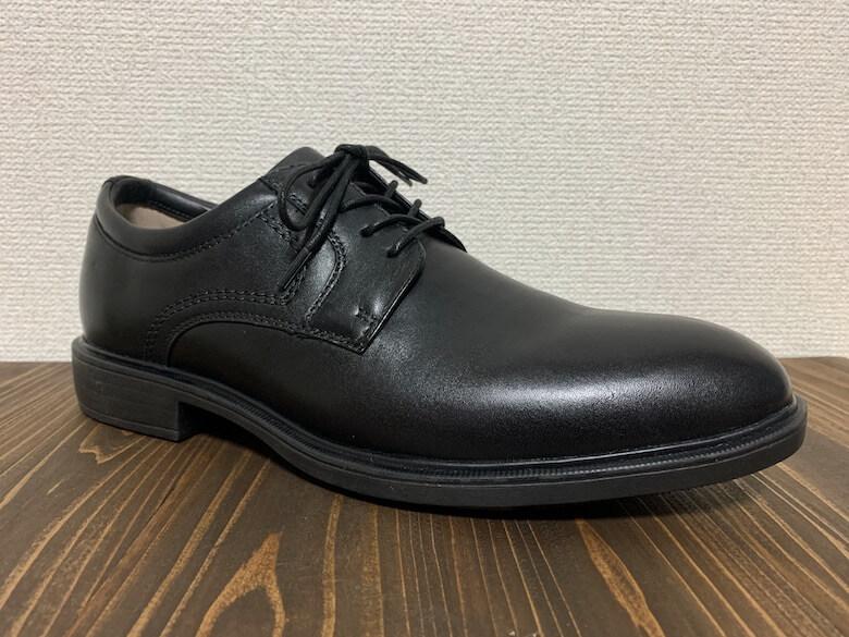 ドクターアッシーは幅広で疲れにくい革靴