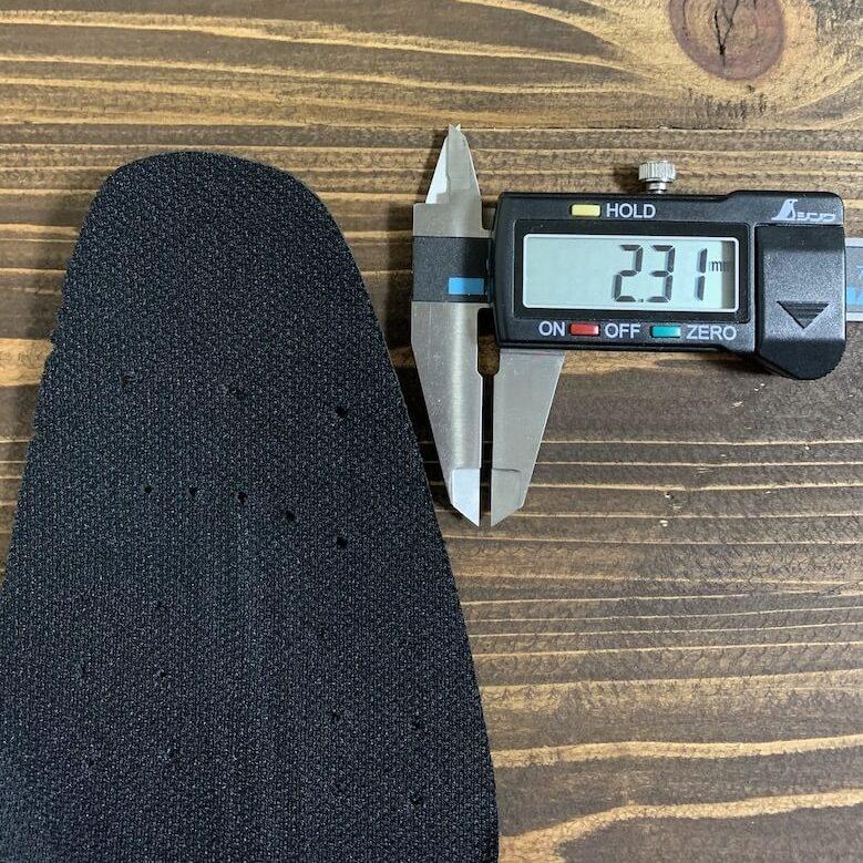 通勤快足TK-3308のインソールで1番薄い部分は2.31mm