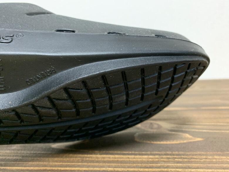 ウーフォスOOcloogはクッションと靴底が同じ素材