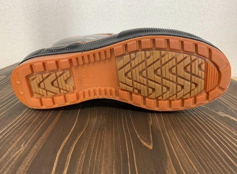 カルサーエースは滑りにくい靴底