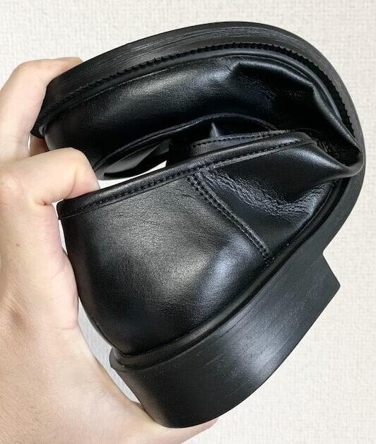 ベルのコインローファーは靴底も柔らかい