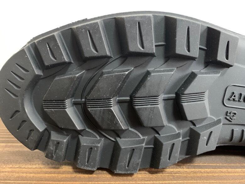 エーグルの長靴は靴底に汚れが詰まりにくい