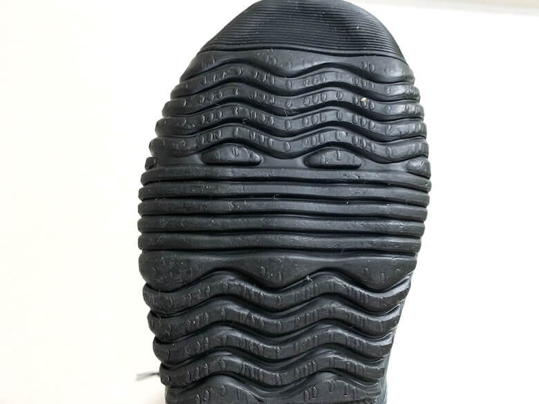 野鳥の会の長靴は靴底がゴム素材