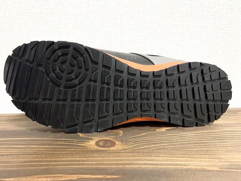 イグニオの安全靴は滑りにくい